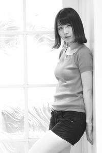 中川菫ちゃん12 - モノクロポートレート写真館