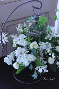 4月Living flowerクラス「スズランのゆりかご」 - Le vase*  diary 横浜元町の花教室