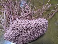 3本取りの小さな花結び、側面を編み始めました - あれこれ手仕事日記 new!
