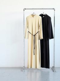 THE HINOKIOrganic Cotton Stand Up Collar Slit Dress - 『Bumpkins putting on airs』