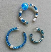 青いイヤカフと猫 - ないものを あるもので