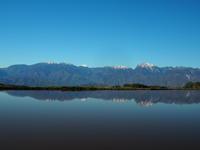 水鏡の季節 - 八ヶ岳 革 ときどき くるみ
