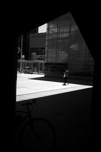 駅南の日差し20210421 - Yoshi-A の写真の楽しみ