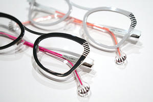 立川駅直結ecuteのメガネ店『RiiNG EYEWEAR』の blog♪  「 TALEXタレックスレンズ取扱店」