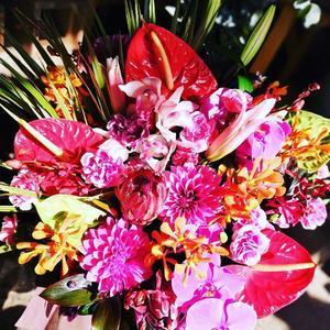 母の日も沖縄っぽく(*... - 目黒区 都立大の 花屋  moco    花と 植物で楽しい毎日     一人で全力で営業中