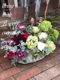 明日は母の日‼︎ -  Flower and cafe 花空間 ivory (アイボリー)