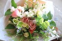 遅れてごめんね!母の月 - 金沢市 花屋 フローリストビーズニーズ blog