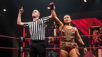 里村明衣子がイギリスに移住へ - WWE Live Headlines