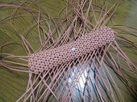 進み方が顕著でない花結び編み&鳴き声の主は・・・ - あれこれ手仕事日記 new!