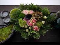 あえて遅れての母の日に、母へのアレンジメント。2021/05/14。 - 札幌 花屋 meLL flowers
