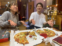 近所にピザ屋ができました。 - 00aa恵比寿美容室  Hana★癒し系ヘアサロン★《ヘアー・ハナ》