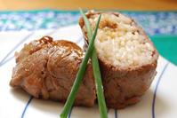 肉巻きおにぎり - 料理研究家ブログ行長万里  日本全国 美味しい話