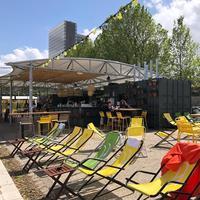 プチ・バンでセーヌ川のテラス楽しんでます!パリ13区に住むべき5つの理由 - keiko's paris journal                                                        <パリ通信 - KSL>