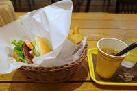 フレッシュネスバーガー藤が丘店(名東区藤が丘) #3 - avo-burgers ー アボバーガーズ ー