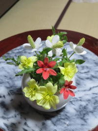 野の花と庭に咲く花々 - 活花生活(2)