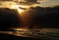 梅雨の朝 - 雲空海