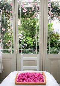 暮らしにバラを~「食香バラ」の豊華 - バラとハーブのある暮らし Salon de Roses