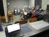 二輪自動車支部からの配布物 - バイクの横輪