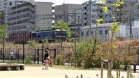 藤田八束の鉄道写真@西宮市にもこんな公園が有ります、鉄道写真前項の場所です。やがてトワイライトエクスプレス「瑞風」も走ります - 藤田八束の日記