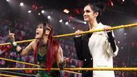 紫雷イオがポピーとの写真を公開 - WWE Live Headlines