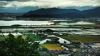 近江平野 琵琶湖畔のパッチワークの大地 - 風の香に誘われて 風景のふぉと缶
