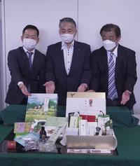 6月9日(水)、宇治土産集合ギフトの記者発表が行われました - 【飴屋通信】 京都の飴工房「岩井製菓」のブログ
