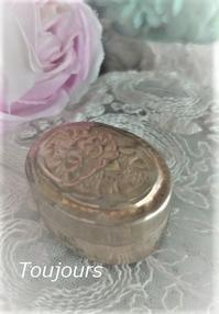 缶の中には… - Bijoux  du  Bonheur ~ビジュー ドゥ ボヌール~