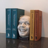 Sculpture of The Shining-bookend-library - 下呂温泉 留之助商店 入荷新着情報