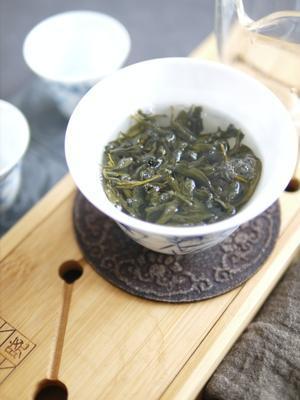 今年の文山包種の清らかな香り - お茶をどうぞ♪
