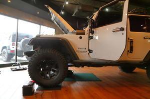ホワイトJKUの仕上げ そしてJLUカスタムも完了です - TrampCAR SQUARE ~Jeep wrangler~ [TS]