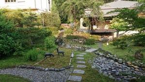 みんなで庭仕事 - 金沢犀川温泉 川端の湯宿「滝亭」BLOG