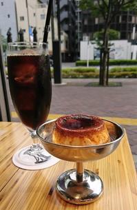 広々大バコカフェで、かためのプリン・THE CORE KITCHEN@新橋 - カステラさん