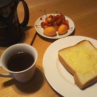 休日の朝食は最高! - Hanakenhana's Blog