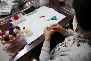 フェルト手芸 ~ バースデイケーキ ~ - 鎌倉のデイサービス「やと」のブログ