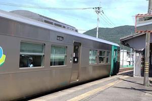 ミニミニ鉄道旅-03♪JR穴吹駅~JR鴨島駅♪ - すえドンのフォト日記