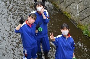 【夏休み】タワラマップ川清掃 - 中標津町立広陵中学校