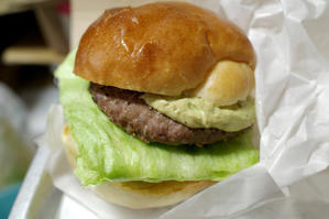 DOUGS' BURGER名古屋店(池下) #2 ※テイクアウト - avo-burgers ー アボバーガーズ ー