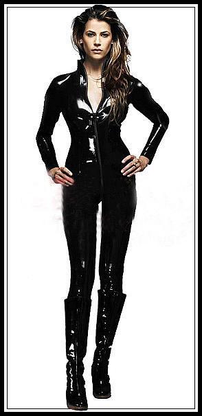 超艶々密着、セクシーキャットスーツコスプレ衣装で蒸れムレ感がお好きな人を満足させてくれます - 一緒に楽しむ