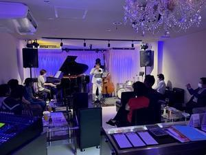 ジャズライブ カミン 広島 Jazzlive Comin 次回営業日は8月2日です。 - Jazzlive Comin(ジャズライブ カミン)広島  薬研堀のジャズスポット