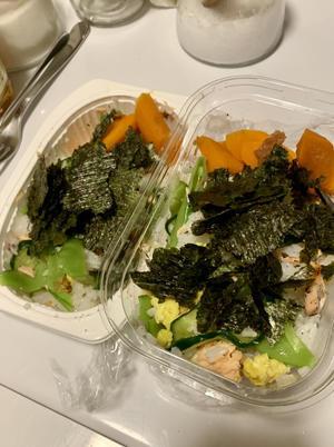 お弁当 と Before and After ゲストバスルーム - ローズ家の台所
