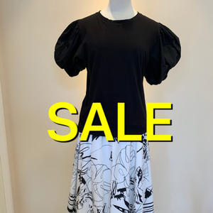 黒のTシャツ - ★ Eau Claire ★ Dolce Vita ★