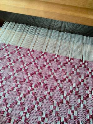 いつもいつも筬目に迷う、ハック織り - アトリエひなぎく 手織り日記