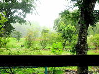 8月中は朝5時から営業の「高原の山小屋」風喫茶店。──「押立茶房 」@軽井沢 - Welcome to Koro's Garden!