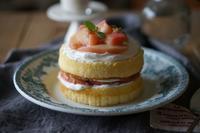 桃のショートケーキとおからピザのクラファン - Smart chic