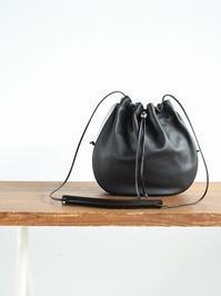 _Fot gather bag M _circle / black - 『Bumpkins putting on airs』