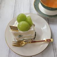 季節限定♡シャインマスカットショートケーキ - パンのちケーキ時々わんこ