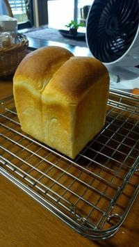 久しぶりの食パン。 - ひろみぱん