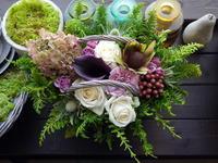 紫陽花珈琲さんの9周年にアレンジメント。円山西町にお届け。2021/10/10。 - 札幌 花屋 meLL flowers