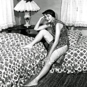 ジュリー・アダムス(Julie Adams)・・・美女落ち穂拾い211017 - 夜ごとの美女