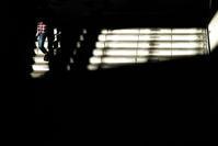 写真は光と影 人生も光と影 行き交う人々の人生模様 - スポック艦長のPhoto Diary